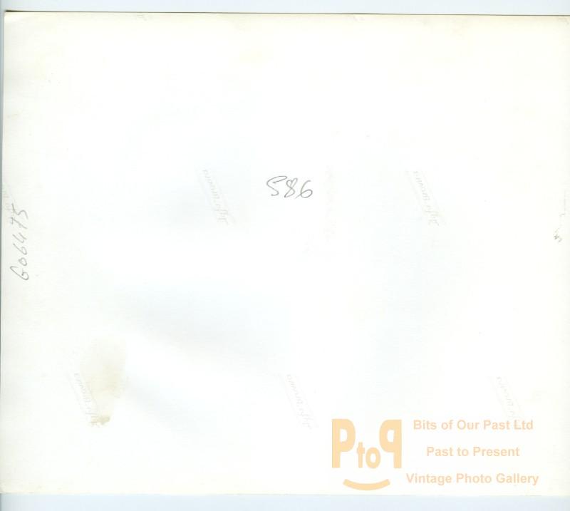 g06475b.jpg