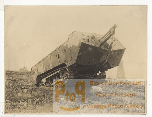 wwi france saint chamond early model heavy tank old photo 1916. Black Bedroom Furniture Sets. Home Design Ideas