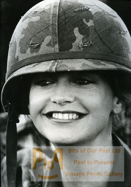 US Actress Goldie Hawn In Private Benjamin Cinema News Photo 1980