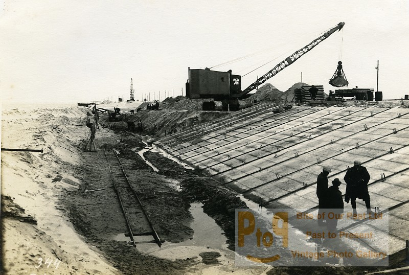 France port of dunkirk dunkerque extension work west south dike old photo 1932 - Dunkirk port france address ...
