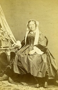Woman Seated Paris Early Studio Photo Plumier Old CDV 1860