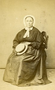 Woman Seated Paris Early Studio Photo Robe Old CDV 1860