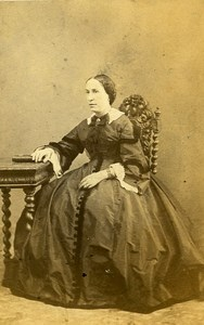 Woman Fashion 86000 Poitiers Early Photographic Studio Darnay Old CDV Photo 1870