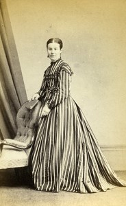 United Kingdom Wakefield Woman Victorian Fashion Old CDV Photo Hall 1865