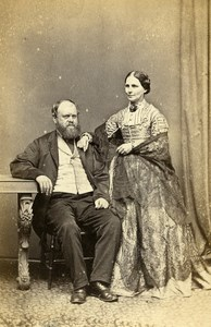 United Kingdom York Family Group Victorian Fashion Old CDV Photo Spencer 1865