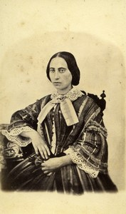 United Kingdom Woman Victorian Fashion Old CDV Photo 1870