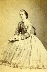 United Kingdom Hornsey Woman Victorian Fashion Old CDV Photo Williams 1870