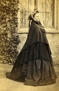 United Kingdom Hornsey Woman E.J. Bird Victorian Fashion CDV Photo Williams 1865