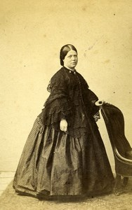 United Kingdom Kensington Woman Victorian Fashion CDV Photo Cundall Downes 1865
