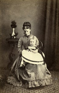 United Kingdom Epping Woman & Child Victorian Fashion Old CDV Photo Odell 1870