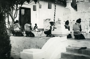 Cambodia Phnom Penh Historic Site Temple Prayers Old Amateur Snapshot Photo 1934