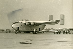 UK Military Transport Aircraft British Blackburn B-101 Beverley Old Photo 1960
