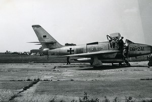 Luftwaffe Republic RF-84F Thunderflash DB-241 Aircraft Aviation Old Photo 1960