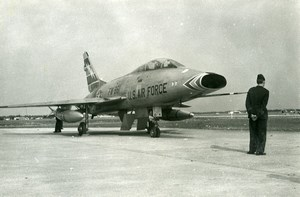 USA Military Jet Fighter Aircraft US Air Force F100 Super Sabre Old Photo 1960