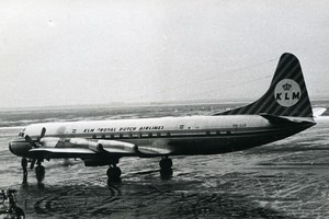 Lockheed L-188C Electra PH-LLD Aviation Airplane KLM Royal Dutch Old Photo 1960