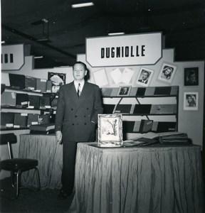 France Paris Photo Cine Sound Fair Booth of Dugniolle Old Amateur Snapshot 1951