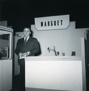 France Paris Photo Cine Sound Fair Booth of Marguet Old Amateur Snapshot 1951