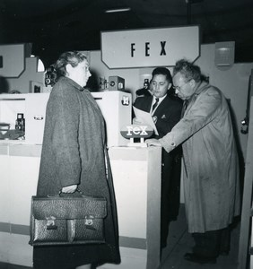 France Paris Photo Cine Sound Fair Booth of Fex Old Amateur Snapshot 1951