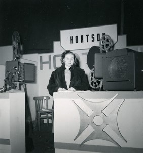 France Paris Photo Cine Sound Fair Booth of Hortson Old Amateur Snapshot 1951