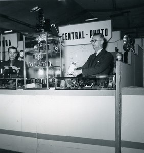 France Paris Photo Cine Sound Fair Booth Central Photo Old Amateur Snapshot 1951