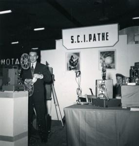 France Paris Photo Cine Sound Fair Booth of Pathe Old Amateur Snapshot 1951