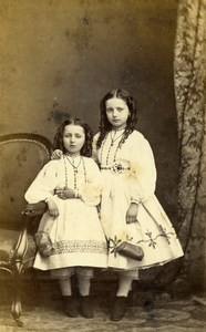 France Beauvais Second Empire Fashion Girls Sisters? Old Photo CDV Herbert 1860s