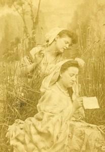 France la Lettre Etude 2 Femmes Décor Champetre ancienne Photo CDV 1870'