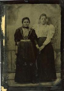 France Ferrotype Tintype 2 Women Portrait Old Photo 1890