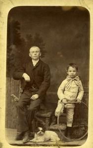 France Jeu d'Enfants Cerceau Pere Fils et Chien Ancienne CDV Photo 1890