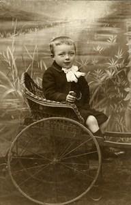 France Lille Jeu d'Enfants Garconnet dans une Charrette Ancienne CDV Photo Salamon 1890