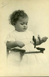 France Fillette et Oiseaux Jouets Jeu d'Enfants Ancienne Photo 1930