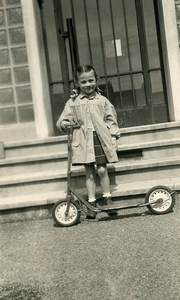 France Girl & her Scooter Children Game Old Amateur Photo 1958