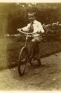 France Jeune Garcon et sa Bicyclette Jeu d'Enfants Ancienne Photo Amateur 1910