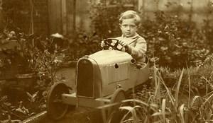 France Garconnet et sa Voiture à Pédale Jeu d'Enfants Ancienne Photo Amateur 1930