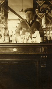 France Lille Estaminet le Café André Landlord at the bar Old Photo Capin 1933
