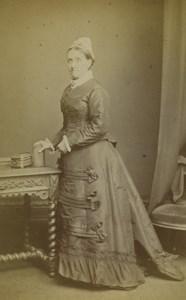 London Woman Portrait Fashion Mrs Boswell Old CDV Photo Stuart Brothers 1870