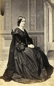 UK Shrewsbury Woman Western Fashion Crinoline Old CDV Groom Photo 1860