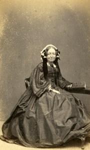 England Brighton Woman Victorian Fashion Old Hennah & Kent CDV Photo 1860's