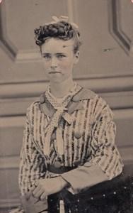 USA ? Portrait de Jeune Femme Famille Dillen Ancien Ferrotype Tintype Photo 1880's
