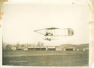 Aviator Christiaens Flying Farman Airplane Photos 1910