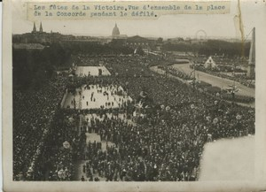 Crowd at Victory Military Parade WWI WW1 old Photo 1919