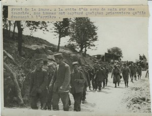 Somme Front German prisoners WWI WW1 Photo 1914-1918