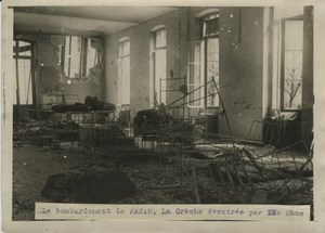 Nursery Shell Bombing Paris WWI WW1 old Photo 1914-1918