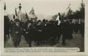 Armistice Students Celebrating WWI WW1 old Photo 1918