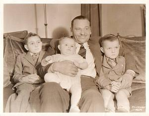 Wallace Beery & family kids old Photo c1932
