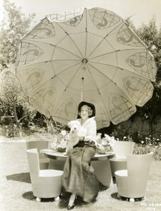 Actress Ruth Selwyn & dog Garden Furniture Parasol old MGM Photo 1932