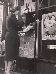 A lucky day ? Woman playing Lottery #1 1940