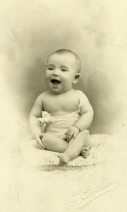 France Marseille Happy Baby Girl old Ouviere Studio CDV Photo 1913