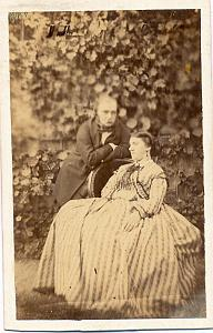 Couple in Garden Outdoor, France, old Photo CDV 1860'