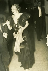 Elegant French Fashion at Reception old Photo 1920'